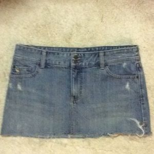 Abercrombie and Fitch mini skirt size 30.